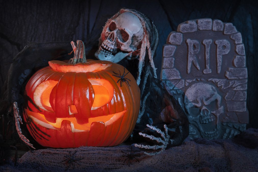 Diy How To Create Your Very Own Haunted House